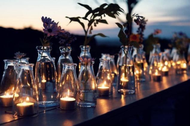 flores-y-velas-intercaladas___